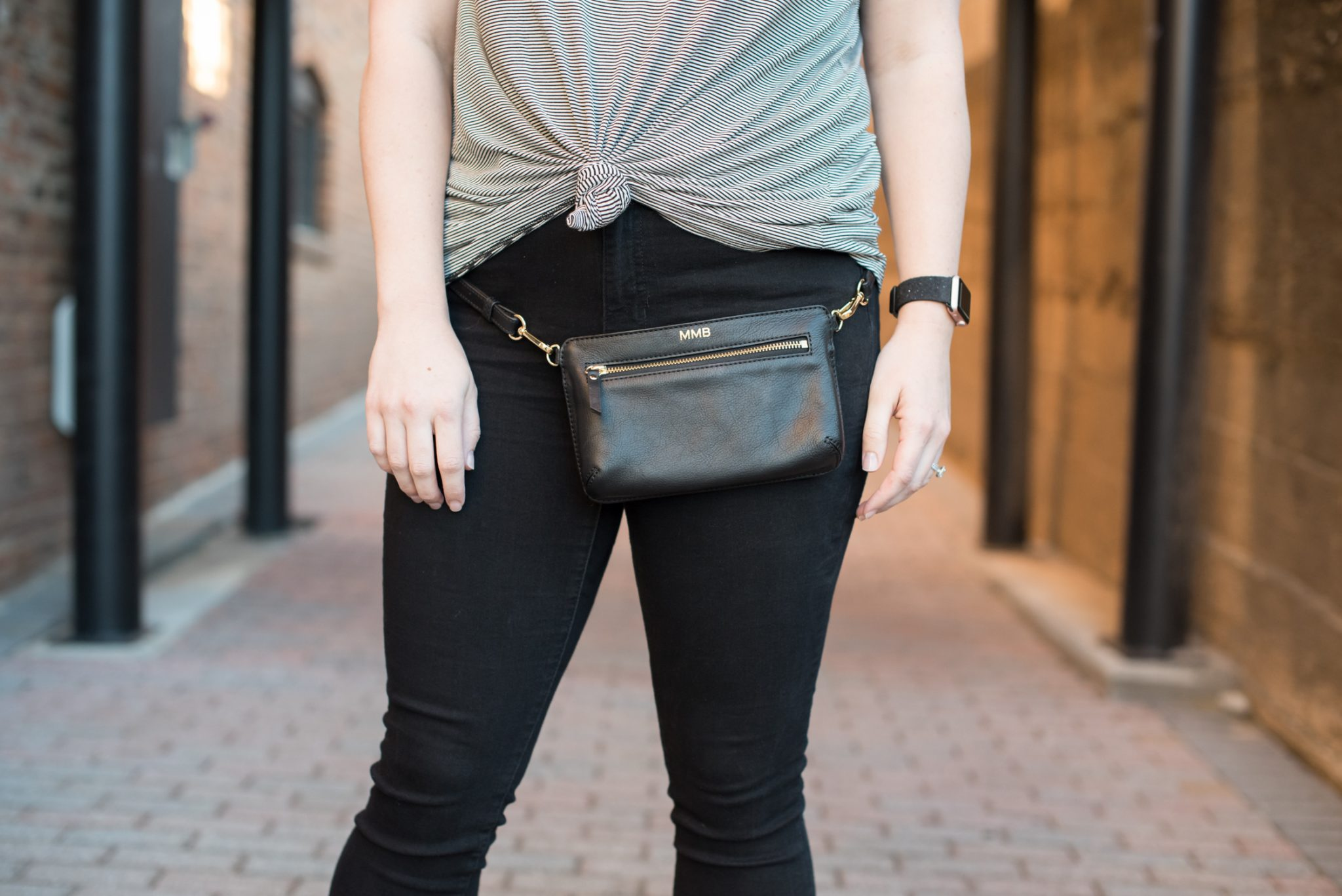 Concert Style: A Choker Tee with a Belt Bag via @missmollymoon