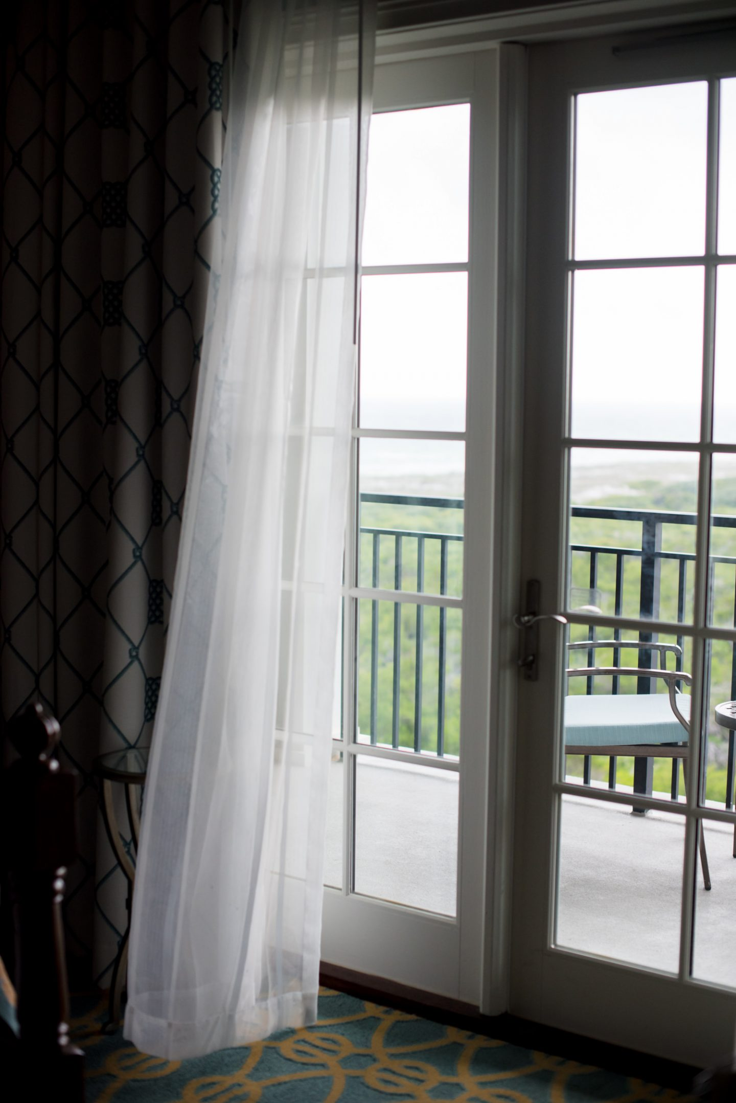 A Weekend at The Henderson   Where to Stay in Destin, Florida   Best Resorts in Destin, Florida   www.missmollymoon.com    The Henderson Destin, FL review featured by top Atlanta travel blogger, Miss Molly Moon