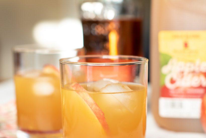 An Easy Bourbon Apple Cider Cocktail